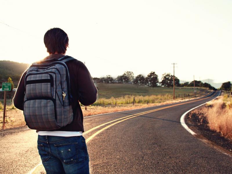Većina Srba odlazi iz zemlje zbog lošeg životnog standarda
