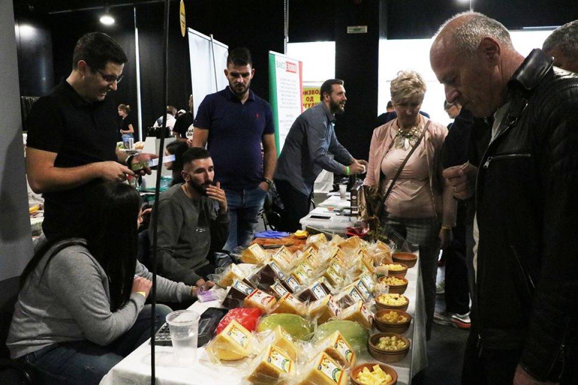 Bez carine izvoz za srpske sireve, voćne rakije i cigarete