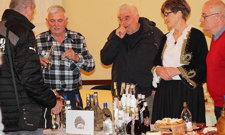 U Tuzli otvoren 2. festival rakija i žestokih pića