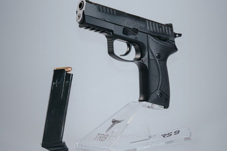 Pištolj iz Bratunca predstavljen u Abu Dabiju