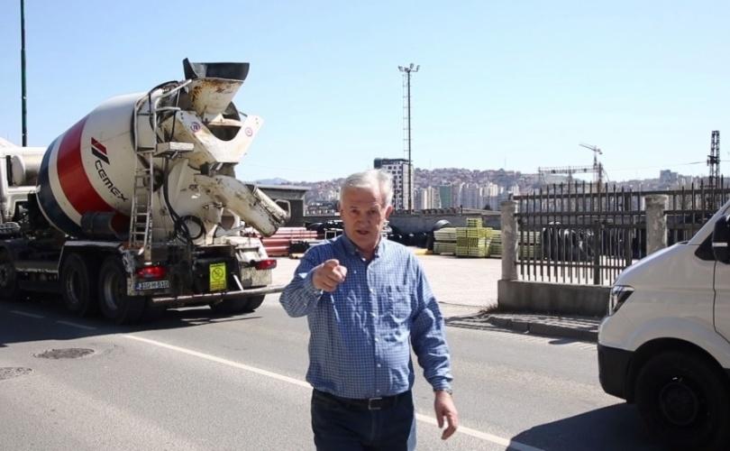Predsjednik SDA Novi Grad : Huso Ćesir fizički nasrnuo na fotografa Žurnala!(VIDEO)