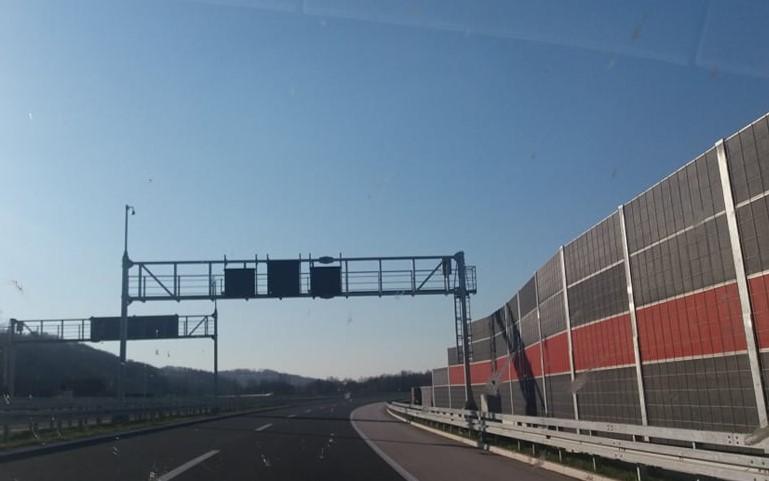 """Ugrožena bezbjednost na autoputu """"9. januar"""""""
