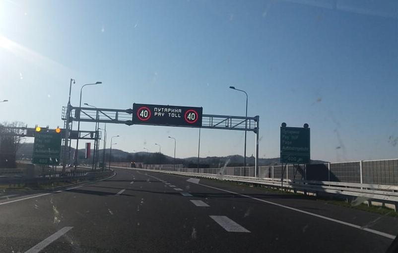 autoput 9 januar