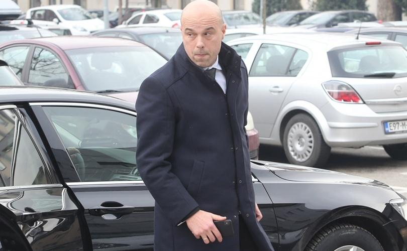 Predsjednik VSTV-a uhvaćen u korupciji: Milan Tegeltija trgovao krivičnim istragama!