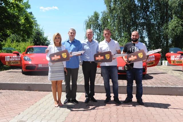 Uručeni ključevi dobitnicima Porsche automobila