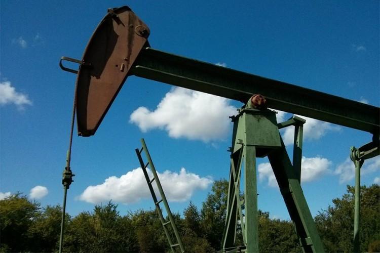 Optimizam zbog pregovora SAD-a i Kine zadržao cijene nafte iznad 63 dolara