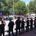 Radnici Aluminija pred HDZ-om, Čović otišao u prostorije preduzeća