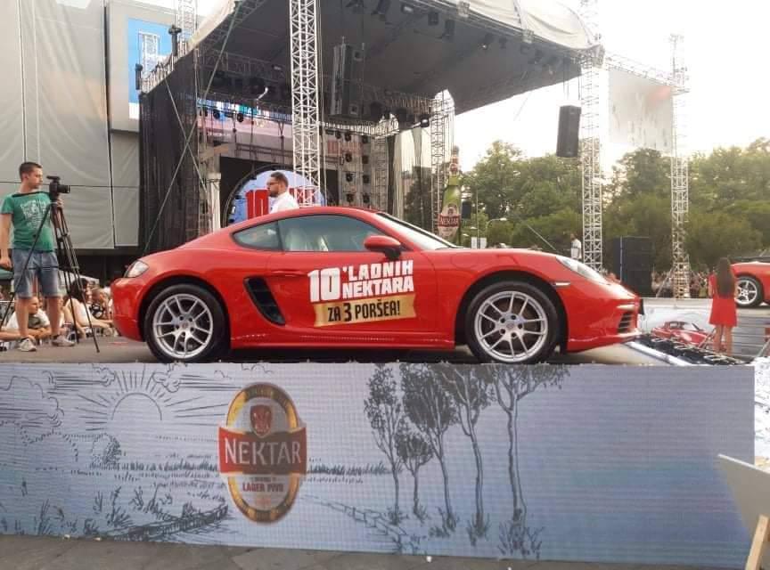 """Izvučeni dobitnici tri """"Porsche"""" automobila iz nagradne igre """"10 'ladnih Nektara"""""""