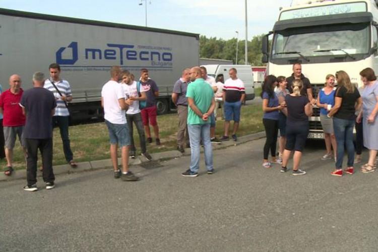 Špediteri gube posao, prevoznici dobijaju trošak