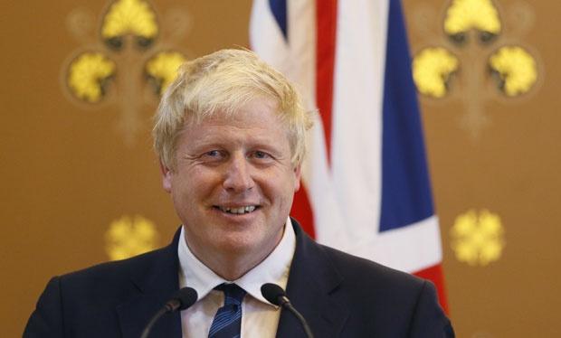 Domaća politika gura Britaniju izvan EU