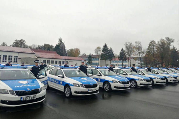 Stigla vozila koja MUP iznajmljuje za 5,7 miliona KM
