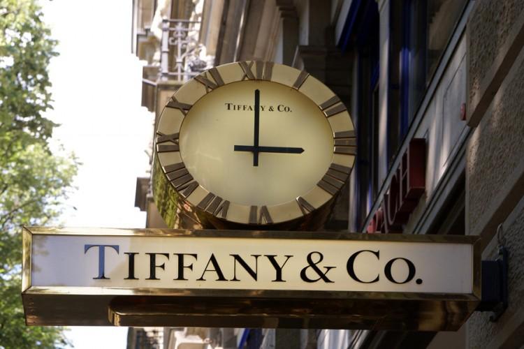 """Louis Witton"" pokušava da kupi ""Tiffany"""