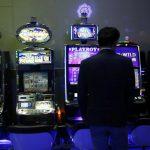 Sve na crno: Državno kockanje novcem građana Srpske