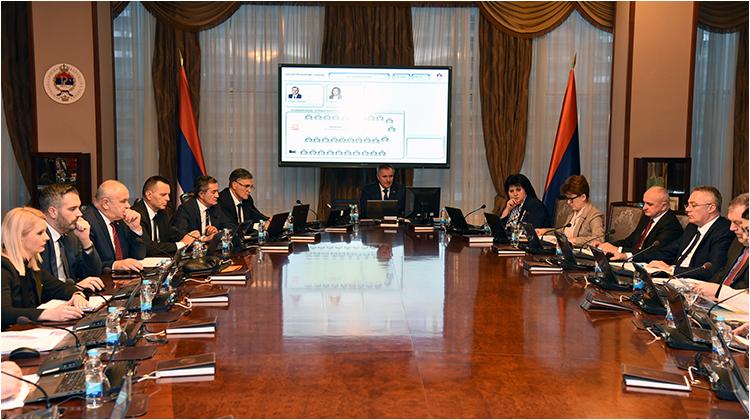 Vlada će Srpsku opteretiti novim obavezama od milijardu KM